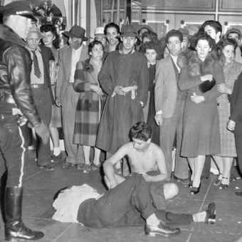 Police in action 1939-1945: photos of a time or racism, riots, murder and joy