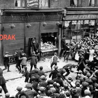 Flashback: Anti-German demos break out in London