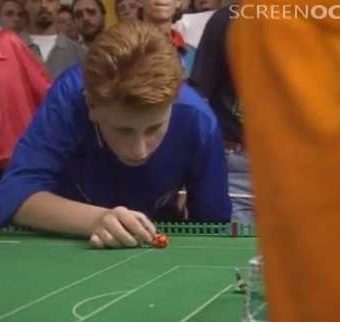 Holland play Italy at the 1990 Subbuteo World Cup (video)