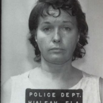 1972: Bettie Page has her mug shot taken (photos)