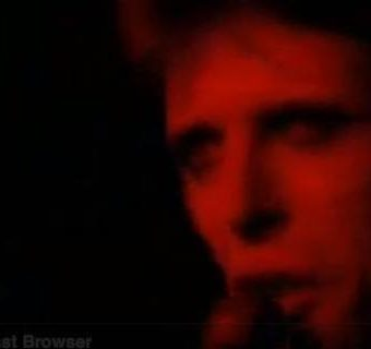 When David Bowie committed Rock 'N' Roll Suicide live