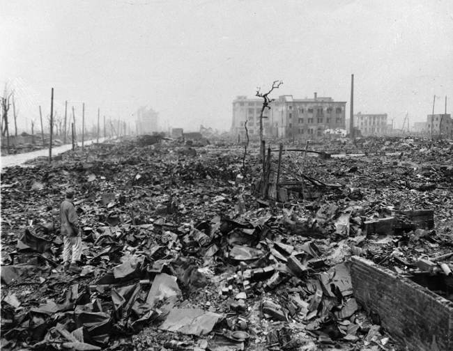 a history of dropping of atomic bomb on hiroshima The decision to drop the bomb  the nuclear peace movement has ensured that even the most warlike fear the dangers posed by atomic weapons since hiroshima and.