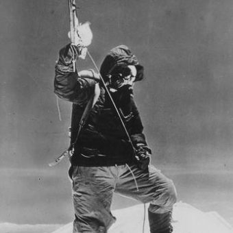 The Mount Everest Story In Photos (1953)