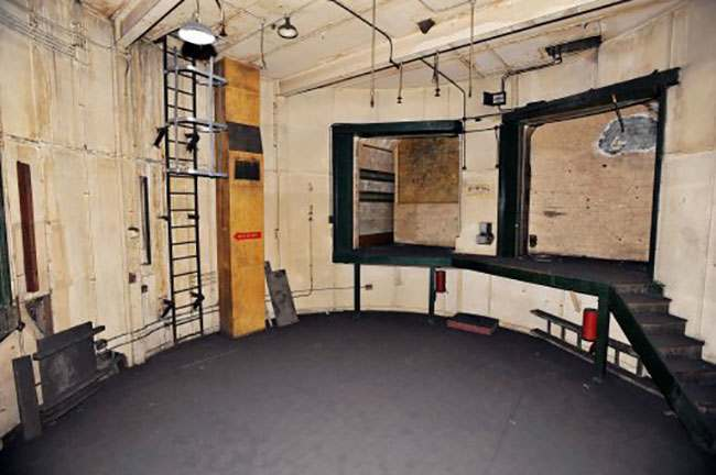 EMBARGOED TO 0001 AUGUST 7. A view of the 4th operations room of the former Brompton Road tube station, a disused station on the Piccadilly line between South Kensington and Knightsbridge which is owned by the Ministry of Defence and which has been put on the property market.