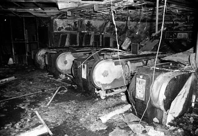 File photo dated 18/11/87 of the escalators at King's Cross after a fire in the underground station. Rail workers and firefighters will join a demonstration Saturday November 26, 2005, to voice their opposition against plans to change safety regulations introduced after the 1987 King's Cross fire, in which 31 people died. See PA story INDUSTRY Fire. PRESS ASSOCIATION Photo. Photo credit should read: PA.
