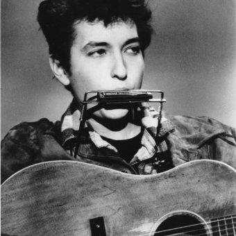 Watch Bob Dylan's TV Singing Debut In The Madhouse on Castle Street