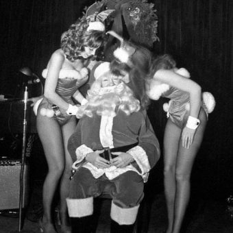 Photographic Proof: Santa Misbehaving In The 1970s
