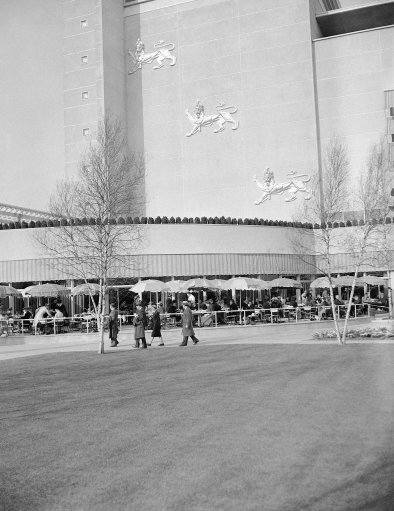 This view of the British pavilion at the New York world's fair was taken soon after its opening and shows diners on the terraces of the building on May 4, 1939. (AP Photo)