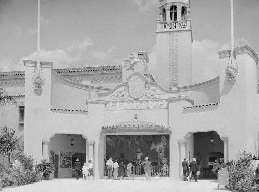 This general view of the entrance to the Florida exhibit at the New York World's fair shows visitors entering the building on May 30, 1939. In background is 72-tube carillon tower, which the Florida exhibitors claim is the world's largest. (AP Photo)