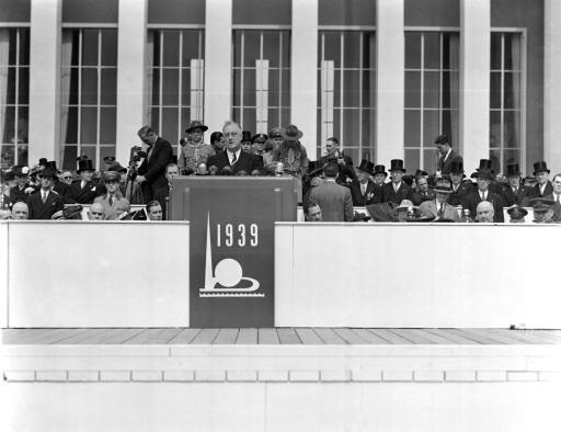 U.S. President Roosevelt speaks at the opening of the New York World's Fair, April 30, 1939. (AP Photo)