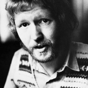 Did Somebody Drop His Mouse? Harry Nilsson And The Pensioners Sing 'I'd Rather Be Dead Than Wet My Bed'