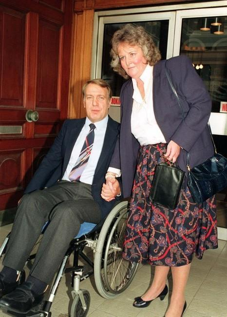 Captain Kevin Hunt and his wife Rosie outside their solicitors' office in London. * 07/02/1996 Received a six-figure sum in compensation from his employers British Midland following the Kegworth aircrash in January 1989.