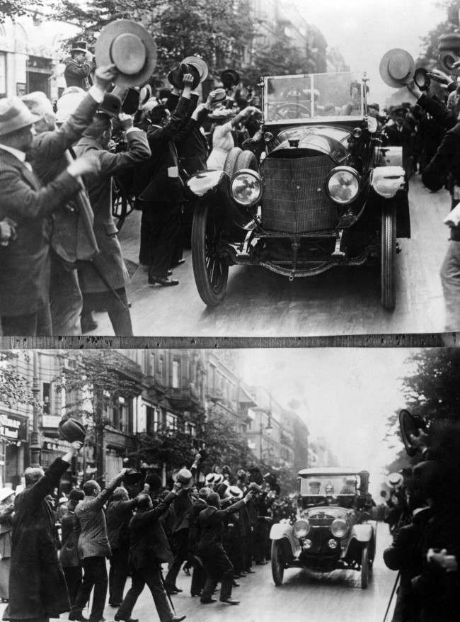 Kaiser Wilhelm II leaves Berlin for the Front.