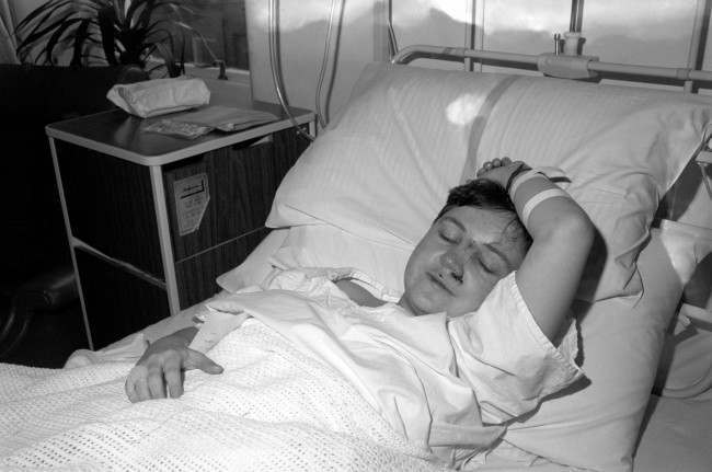 M1 air crash survivor Mary McHugh of Belfast recovering at the Derby Royal Infirmary today following last night's ordeal on board the stricken British Midland Boeing 737.