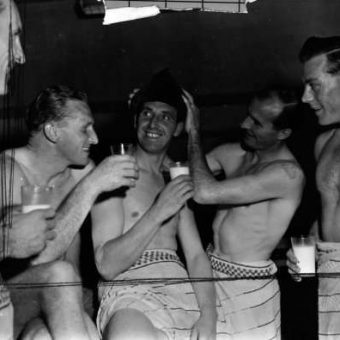 1954: Arsenal Players Lark About In Dressing Room Before Moscow Match