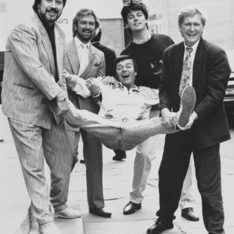 1987 Photo: Mike Smith, Dave Lee Travis, Noel Edmonds And Mike Read Pimp Out Tony Blackburn