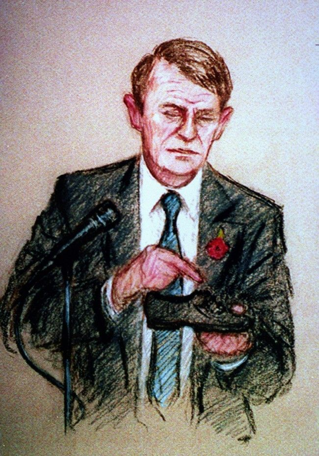 AN ARTIST'S IMPRESSION OF FORENSIC SCIENTIST PHIL RYDEARD AT PRESTON CROWN COURT WITH A SHOE USED IN THE FATAL ATTACK ON THE TWO-YEAR OLD BOY.  Date: 10/11/1993