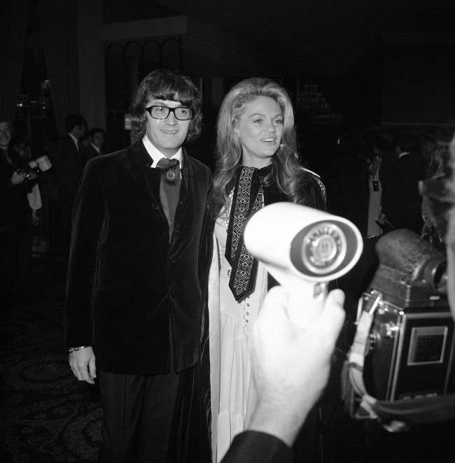 Dyan Cannon and Leslie Bricusse at the Golden Globe awards in Hollywood, Los Angeles, Feb. 5, 1971. (AP Photo/Ed Widdis)