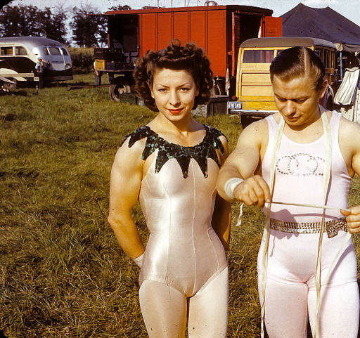 "()Right to left) Arthur ""Art"" and Antoinette ""Tony"" Concello, close-up in aerial wardrobe, North Street lot August 17, 1941."