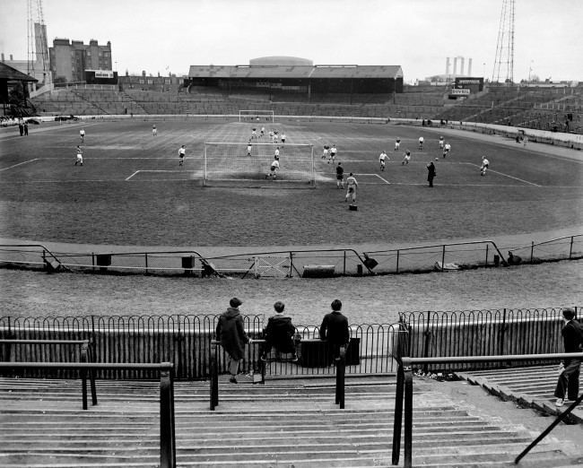 Soccer - Home International Championship - England v Scotland - England Practice - Stamford Bridge England, who will be playing before a crowd of 100,000 people, had just three small boys watching them train. Ref #: PA.10815114  Date: 07/04/1959