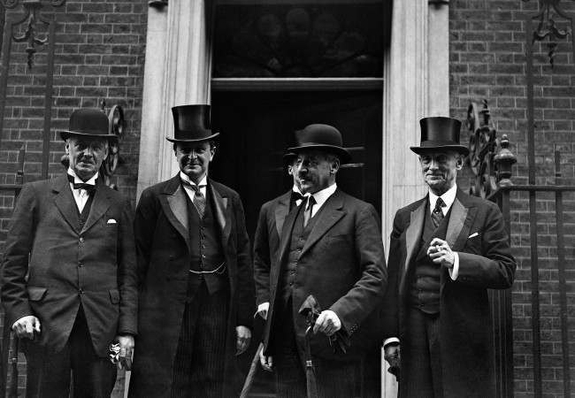 The National Administration Cabinet held their first meeting at 10 Downing Street in London, England on August 26 1931. Among the first arrivals were members of the Liberal Contingent. L-R: Sir Donald Maclean, Minister for Education; Sir Archibald Sinclair, Secretary for Scotland; Sir Herbert Samuel the new Home Secretary; and Rufus Isaacs, Lord Reading, the new Foreign Minister, at 10 Downing Street, London on August 26, 1931.