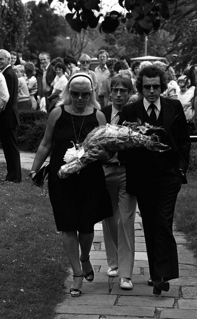 Actress Diana Dors arriving with husband Alan Lake (right) and actor Andrew Ray (centre) at Chingford Old Church today for the funeral service of Mrs Violet Kray, mother of the Kray twins, two of London's most notorious gangsters. The twins, Ronnie & Reggie, were brought from prisons where they are serving life sentences for murder for the funeral. Ref #: PA.1244667 Date: 11/08/1982