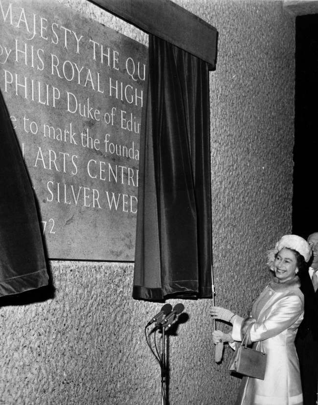 Queen Elizabeth II unveiling a foundation stone at the Barbican Arts Centre, City of London. Date: 20/11/1972