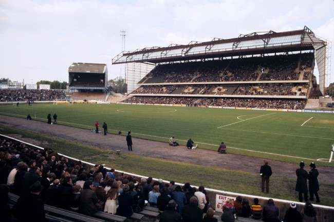 eneral view of Stamford Bridge, home to Chelsea German Soccer - %0D%0AKevin Keegan with %0D%0Awife Jean and baby %0D%0ALaura-Jane, in their %0D%0Afamily car Ref #: PA.144608  Date: 01/02/1978