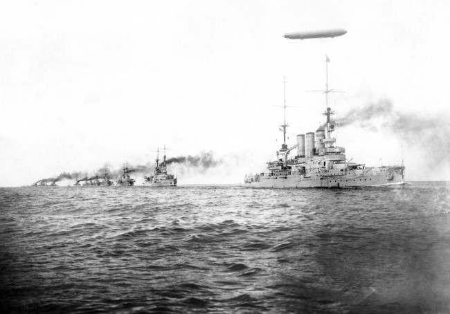 Airship Z.l accompanied the squadron led by 'Preussen'. 1918. Date: 01/01/1918