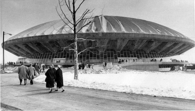 The first of many thousands of visitors approach the giant new University of Illinois Assembly Hall during open house, March 2, 1963. During the first hour and a half, the visitor count was 11, 408 with many more pouring in.