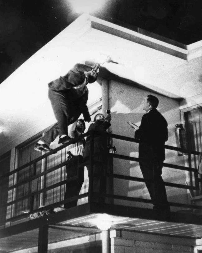 March 10 1969 in photos martin luther king s innocent for Balcony killer