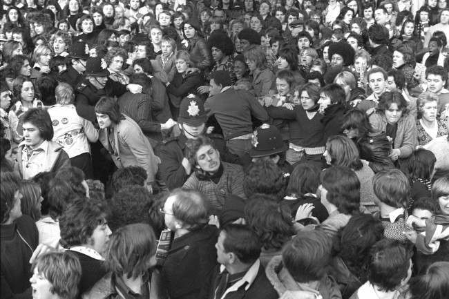 Soccer - League Division One - Arsenal v Manchester United - Highbury Police try to control the crowd at Highbury before Arsenal's match against Manchester United. archive-pa173557-2 Ref #: PA.17556242 Date: 22/11/1975