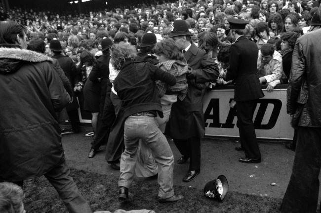 1975 Football Hooliganism: West Ham And Manchester United ...