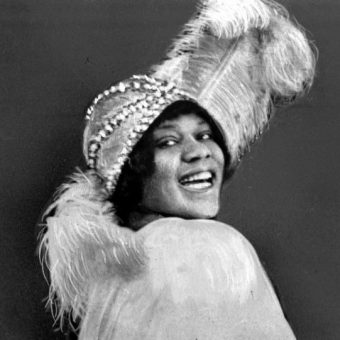 Listen To The 12 Wonderfully Dirty Women Of Early 20th Century R&B