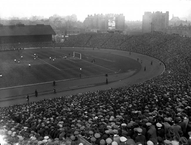 Soccer - Home International Championship - England v Scotland - Stamford Bridge A general view of the huge crowd at Stamford Bridge for the England v Scotland Home International match. England won 1-0, with Harry Hampton the scorer. Ref #: PA.2935171  Date: 05/04/1913