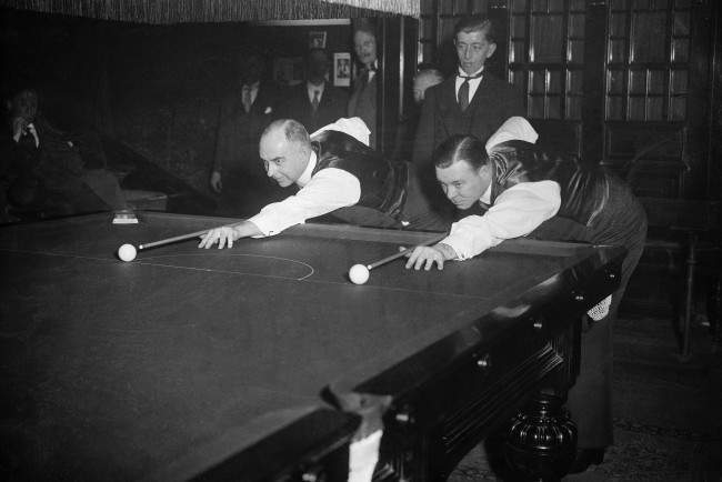 Professional Billiards Championship - Willie Smith v Joe Davis Willie Smith (L) and Joe Davis (R) prepare to start their match
