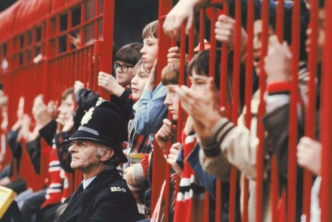 Manchester United fans NULL Date: 01/03/1977