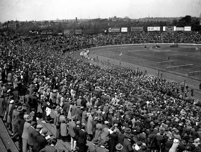 Many foreign champions competed in the British Games at Stamford Bridge, London, when a great triangular match was staged between the famous Achilles Club of London; the Berliner and Deutscher Sports Club of Germany; and the Stade Francais of France