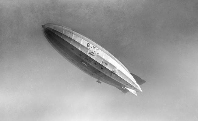 The R100 airship. Built in Howden, Yorkshire, and designed by Barnes Wallis, the design team also featured future novellist Nevil Shute Norway. Date: 12/12/1929