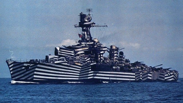 Gloire (means Glory, a light cruiser of the French Navy, launched in 1935, scrapped in 1958)