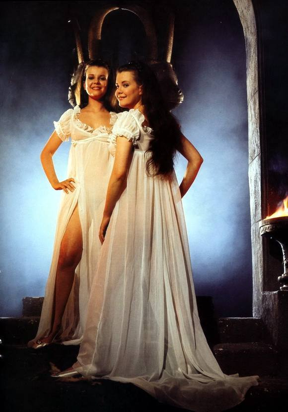 TWINS OF EVIL (1971) Madeleine and Mary Collinson