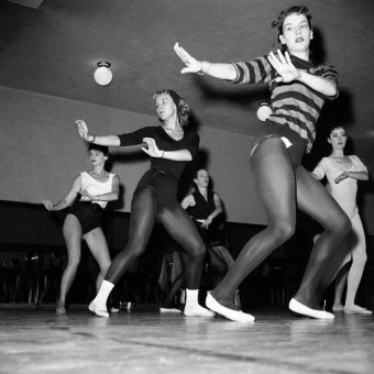 1936-2000: The Radio City Rockettes In Photos