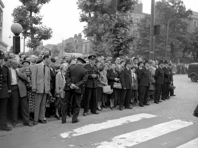 A line of police keeps the crowd from approaching the gates of Holloway Prison in London as Ruth Ellis is executed for the murder of her lover, racing car driver David Blakely. She was the last woman to be hanged in Britain. Date: 13/07/1955