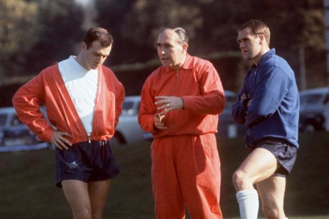 L-R, Jimmy Armfield, Manager Alf Ramsey and Ray Wilson England Training. Soccer%0D%0AJimmy Armfield, Alf %0D%0ARamsey & Ray Wilson %0D%0Aat an England %0D%0ATraining session Date: 22/06/1966