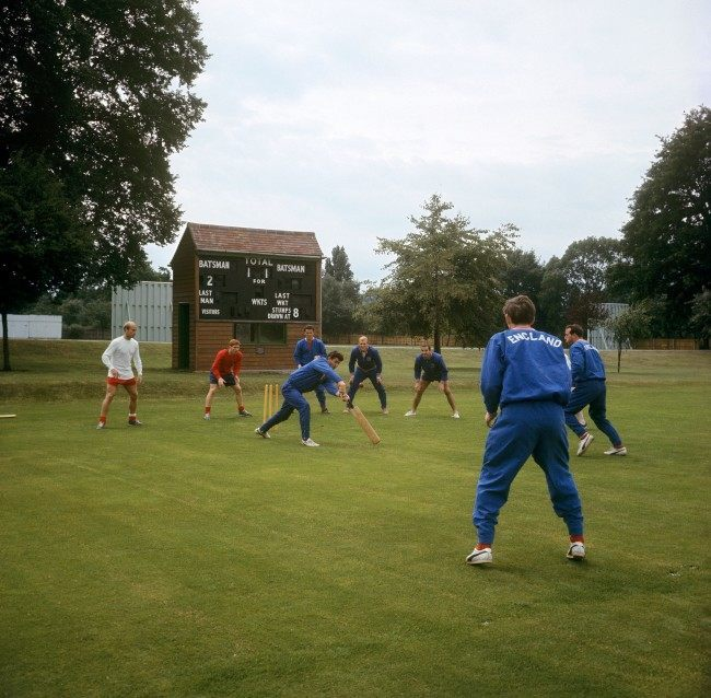 England World Cup squad play a spot of cricket at Roehampton today. Ref #: PA.5304010  Date: 15/07/1966