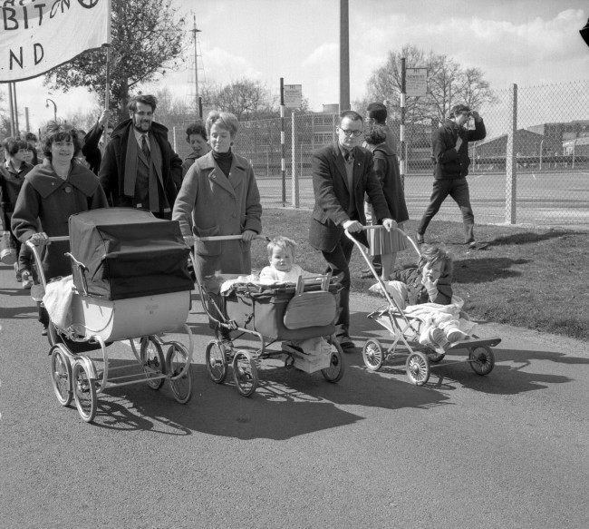 Prams and baby passengers setting off for Reading on the first stage of the Campaign for Nuclear Disarmament's Aldermaston march to London. Ref #: PA.8520303  Date: 15/04/1963