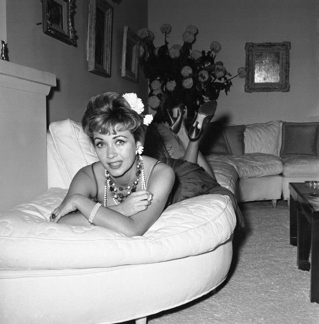 Actress Jane Powell shown January 1960, who has been making movies since she was 14, says she?s tired of playing girl-next-door roles. ?I want to play a floozy,? she says. Jane feels she has the sex appeal for big girl parts. (AP Photo) Ref #: PA.8603985 Date: 01/01/1960