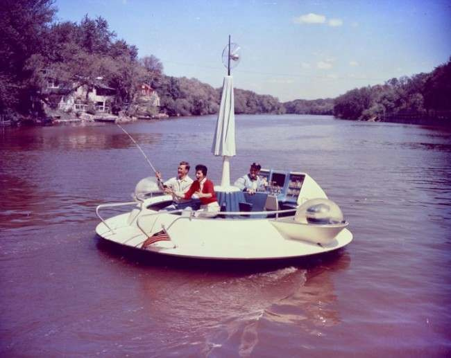 The Evinrude Fishing Saucer concept boat designed by Brooks Stevens and made for the 1957 New York Boat Show, found on