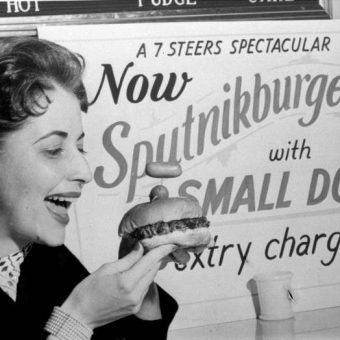 The Sputnikburger And Small Dog – 1957