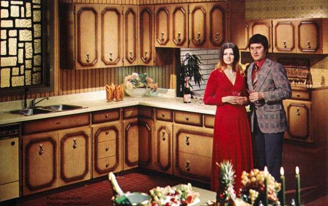 Those Fabulous and Frightening 1970s Kitchens - Flashbak